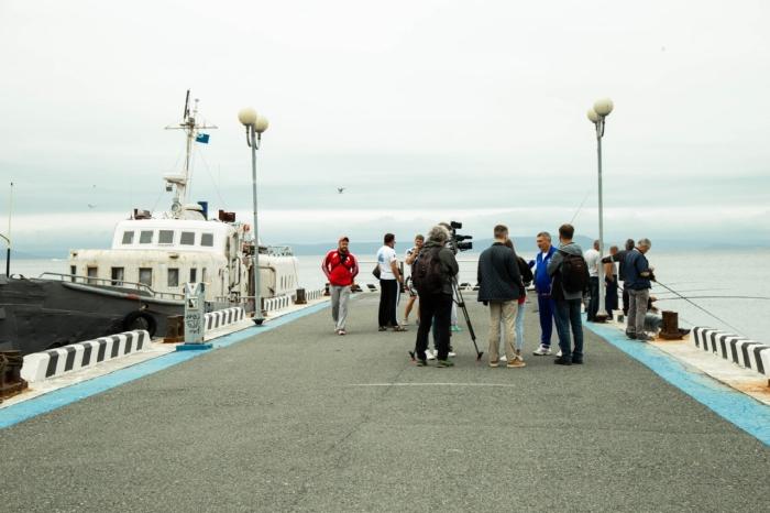 Во Владивостоке проходит 120-ти километровый заплыв по заливу Петра Великого